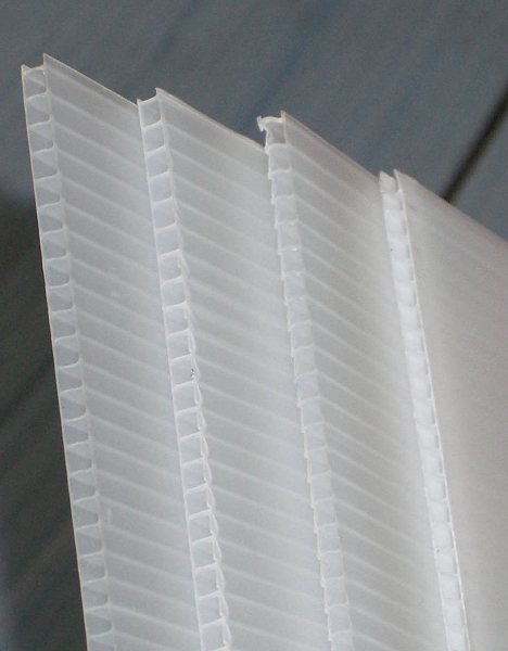 Translucent Corr Board 4mm 48 x 96 sheet 10 pack